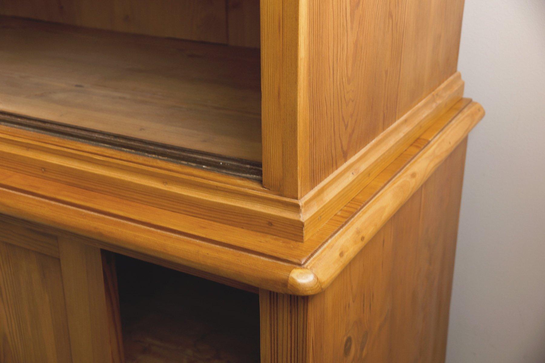 Tr s grand meuble de rangement avec portes coulissantes for Meuble allemagne