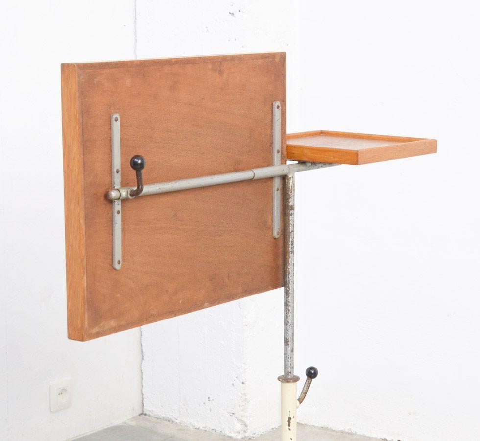 table d 39 appoint vintage industrielle ajustable en vente sur pamono. Black Bedroom Furniture Sets. Home Design Ideas