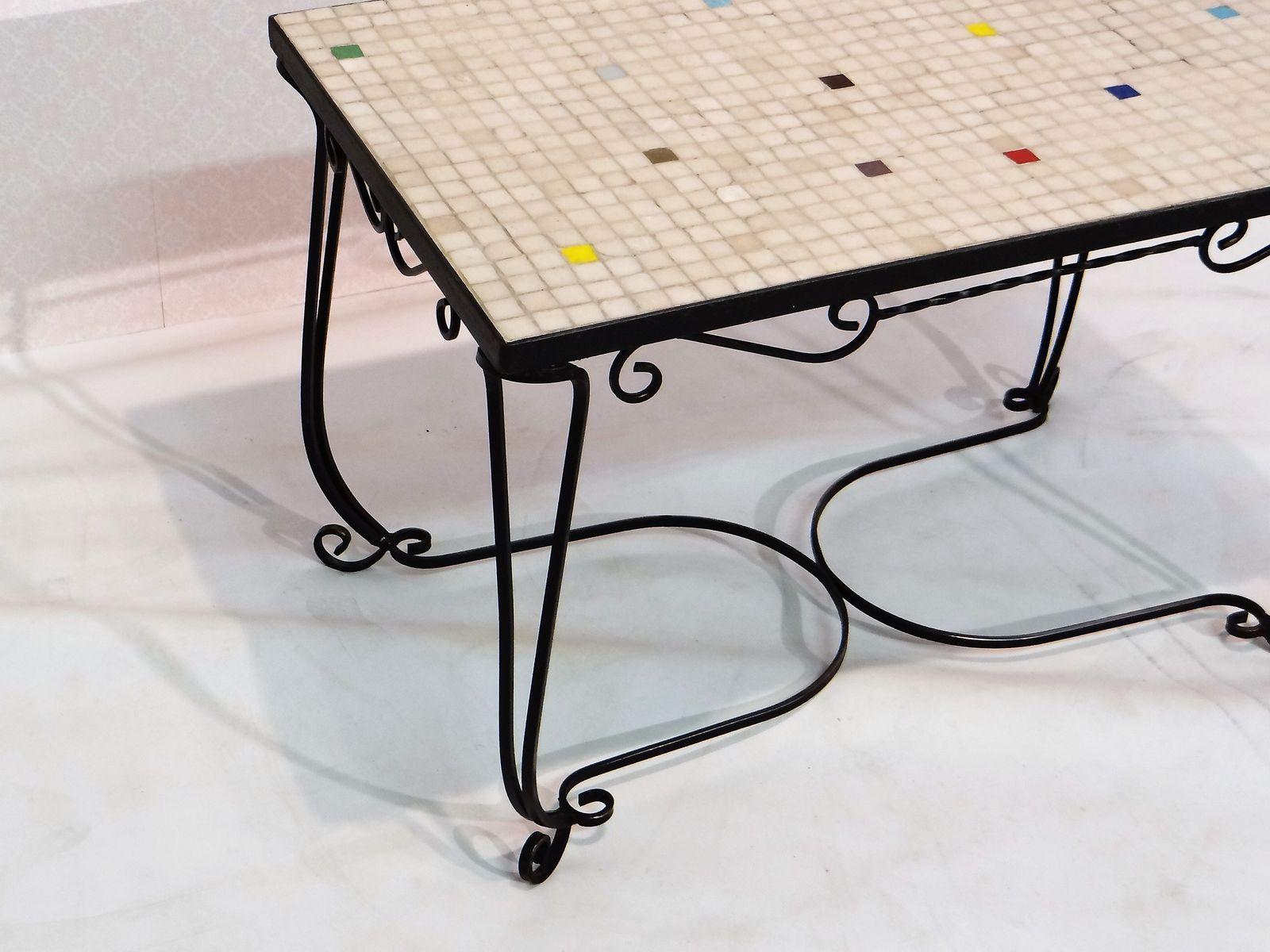mid century beistelltisch aus eisen mit fliesen bei pamono. Black Bedroom Furniture Sets. Home Design Ideas