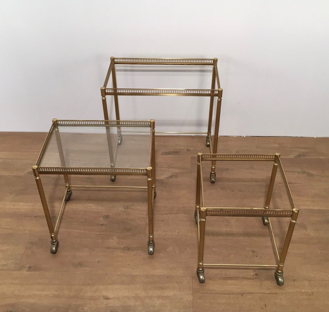 Amazing photo of Gilded Nesting Tables on Wheels 1950s Set of 3 for sale at Pamono with #4A321B color and 1149x1091 pixels