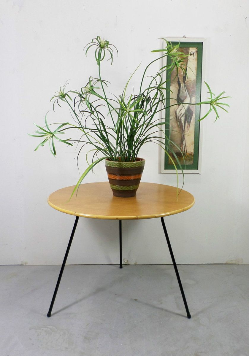 deutscher couchtisch aus eiche bambus metall 1950er. Black Bedroom Furniture Sets. Home Design Ideas
