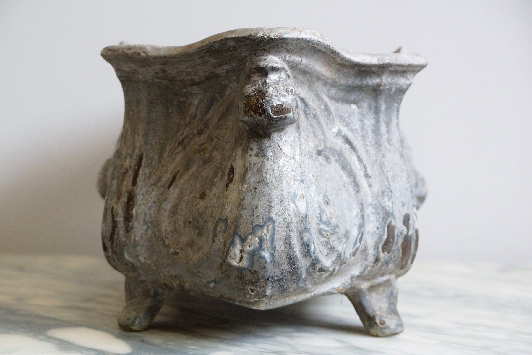 porte pot antique en fer forg 233 en vente sur pamono