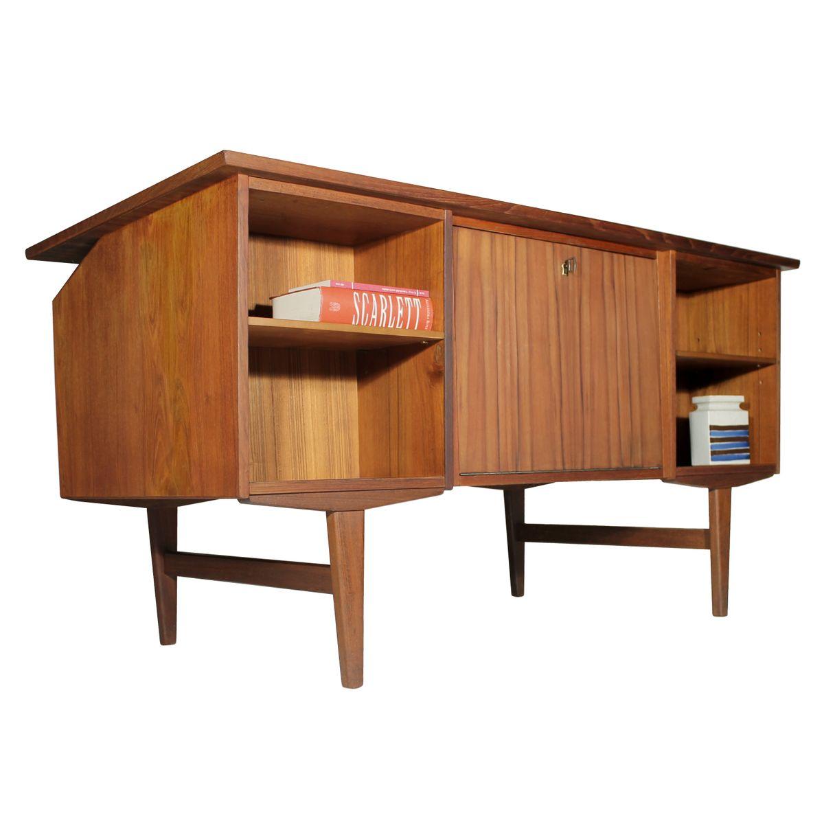 d nischer teak schreibtisch mit schubladen ablagen 1960. Black Bedroom Furniture Sets. Home Design Ideas