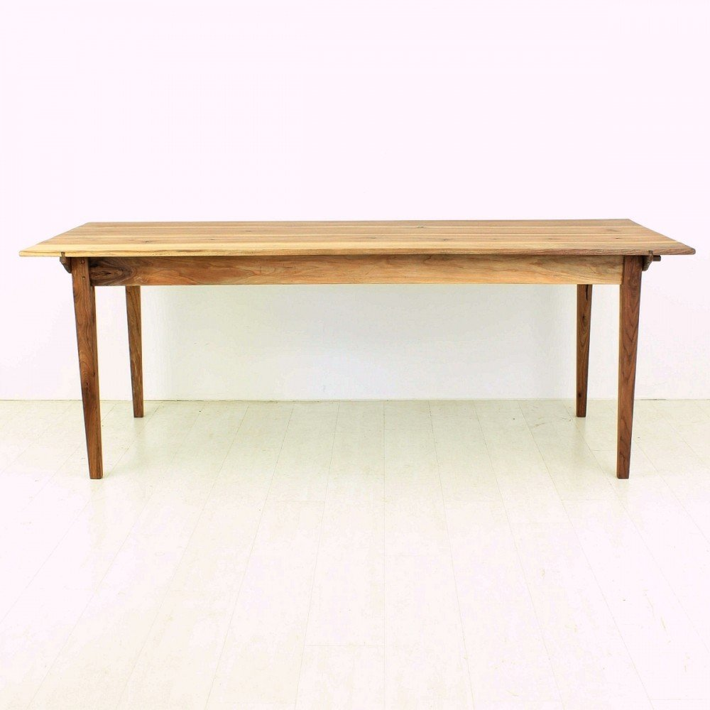 Table de salle manger antique style biedermeier en noyer for Table salle a manger triangulaire