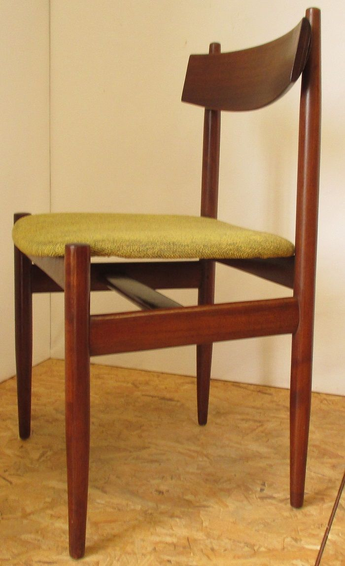 green velvet dining chairs beautiful set of four italian gre