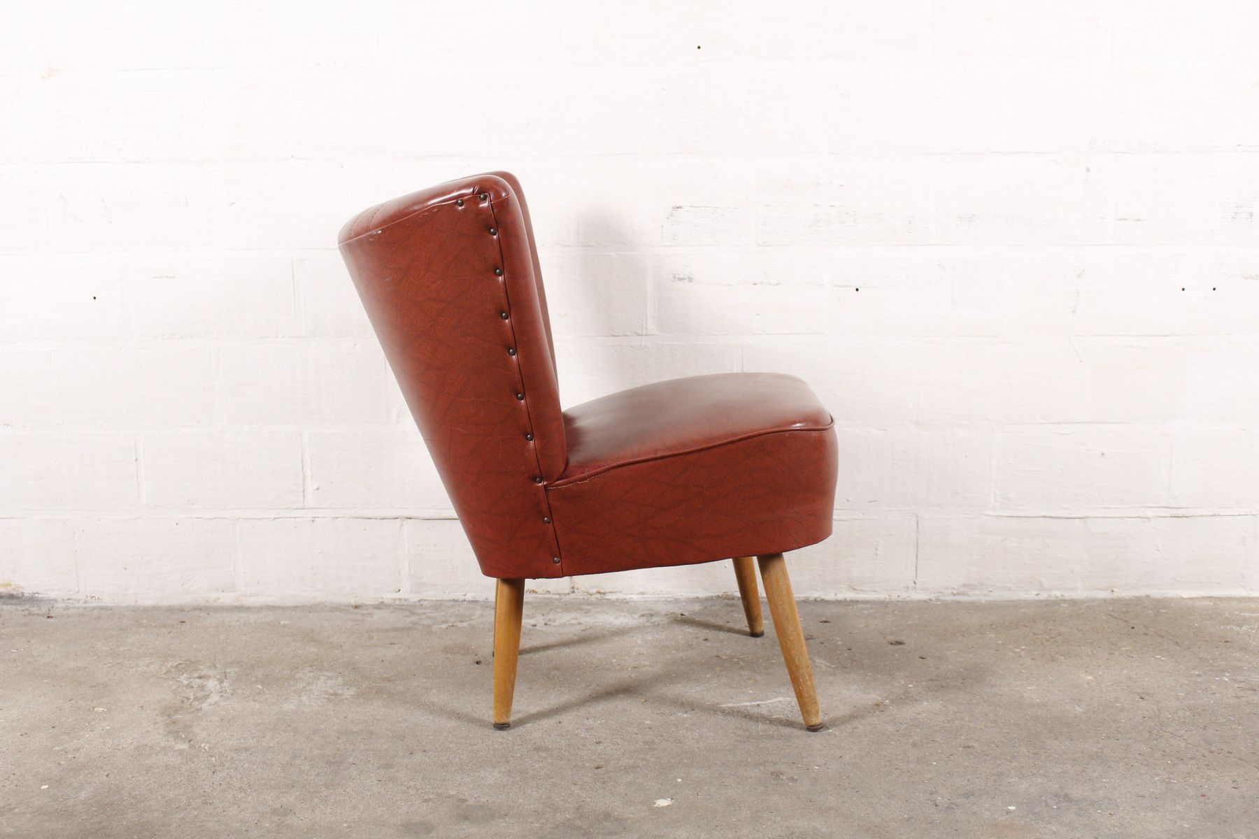 roter vintage sessel bei pamono kaufen. Black Bedroom Furniture Sets. Home Design Ideas