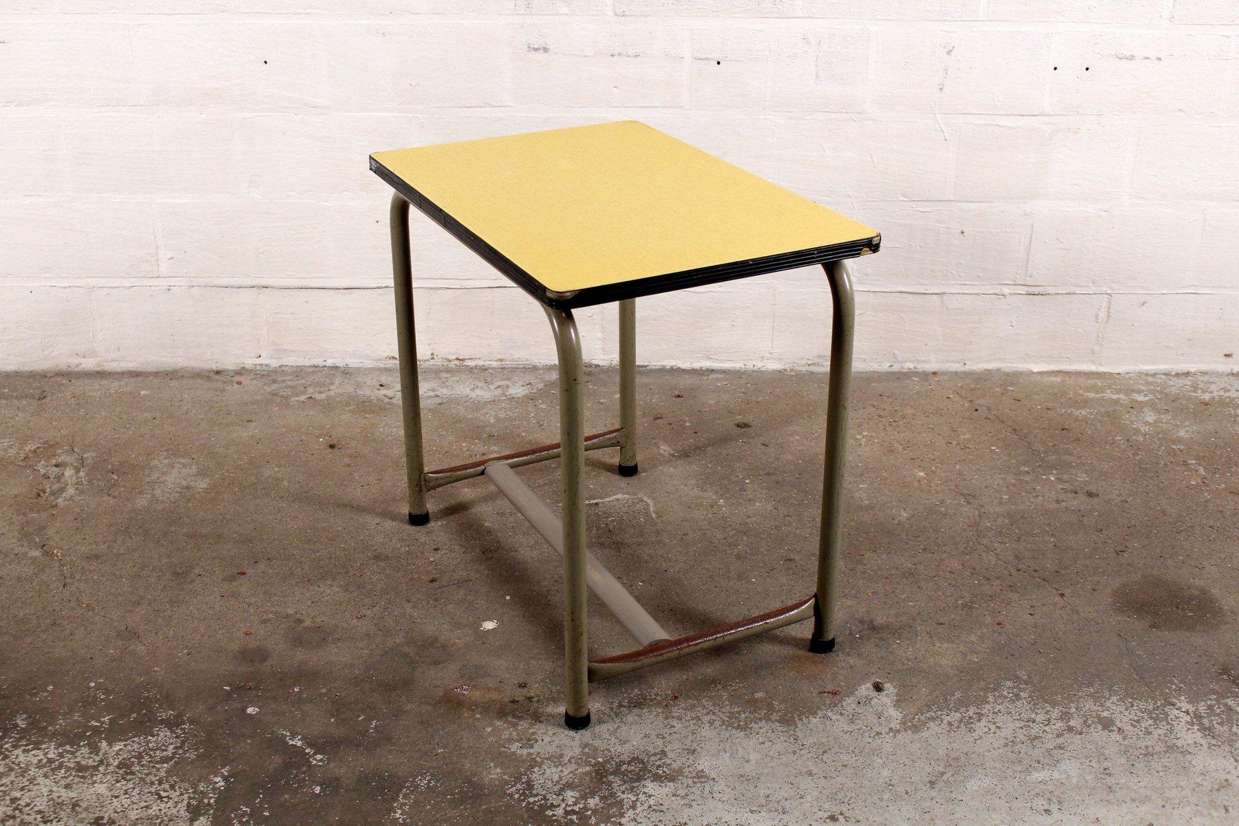 kinder schreibtisch von willy van der meeren f r tubax bei pamono kaufen. Black Bedroom Furniture Sets. Home Design Ideas