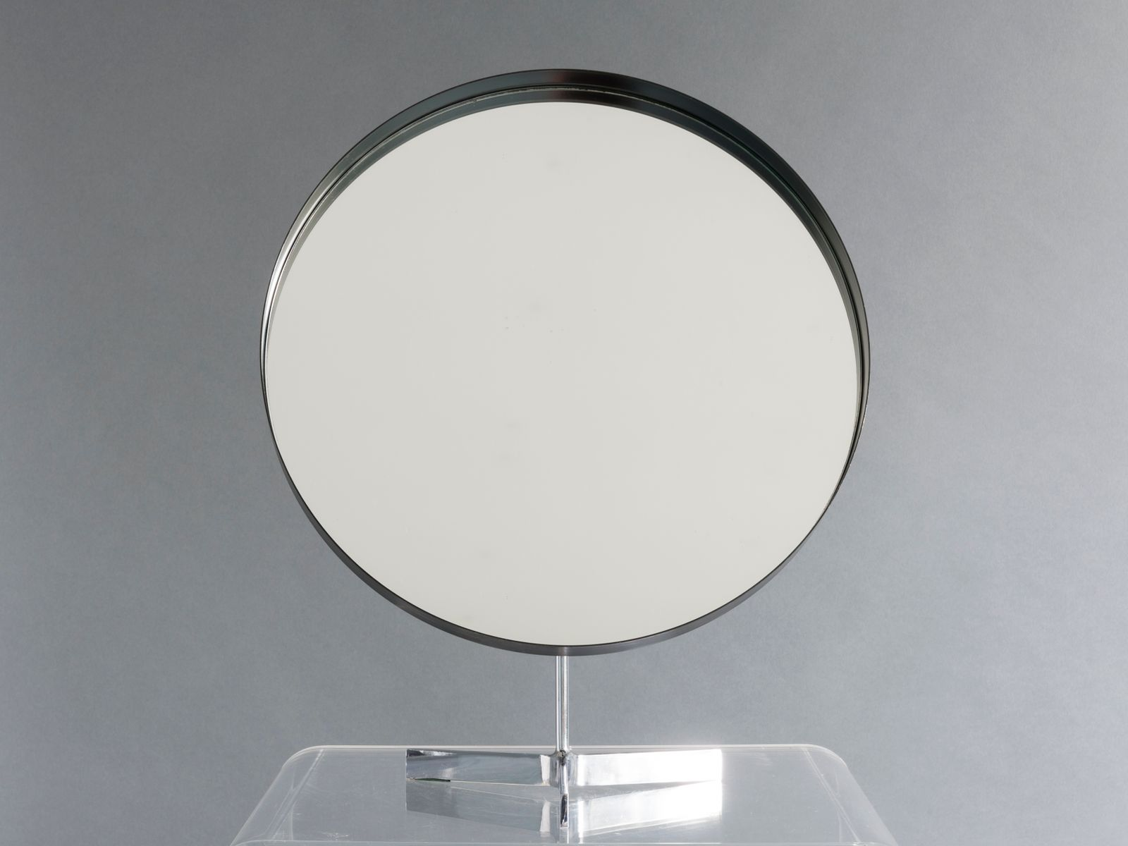Grand miroir avec tr pied noir et chrome de durlston for Grand miroir solde