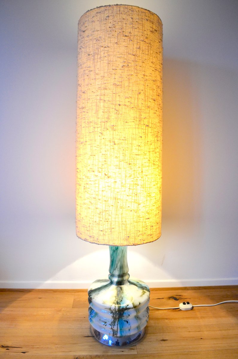gro e stehlampe 1970er bei pamono kaufen. Black Bedroom Furniture Sets. Home Design Ideas