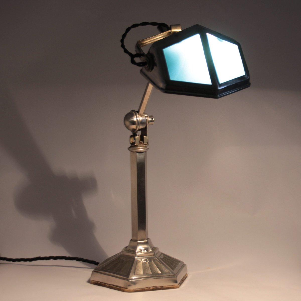 Vintage French Desk Lamp from Pirouette 1920s for sale at Pamono