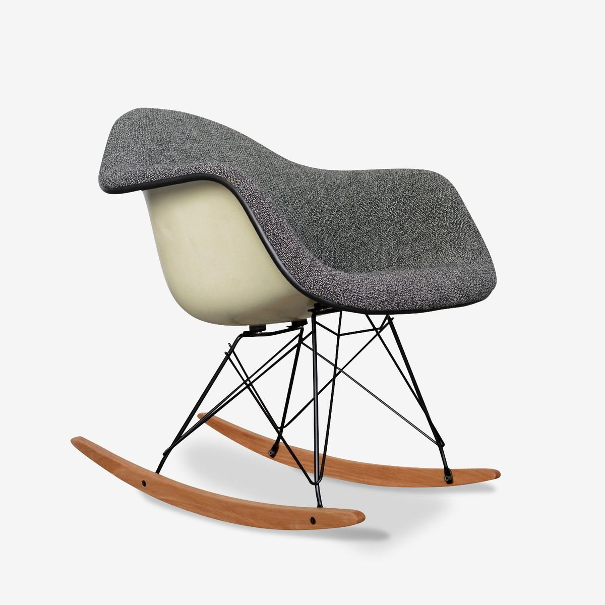 rar rocking chair by charles ray eames 1968 for sale at. Black Bedroom Furniture Sets. Home Design Ideas