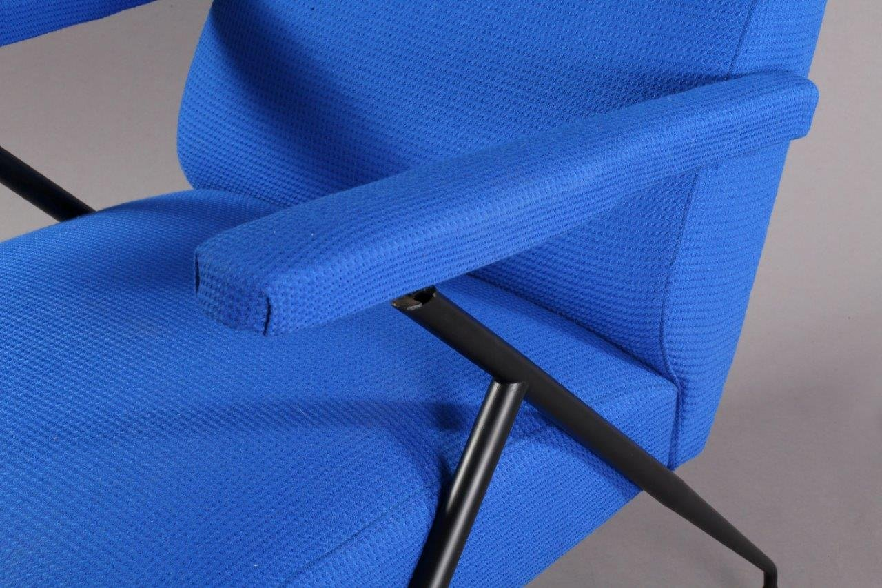Vintage Italian Electric Blue Lounge Chair 1960s for sale at Pamono
