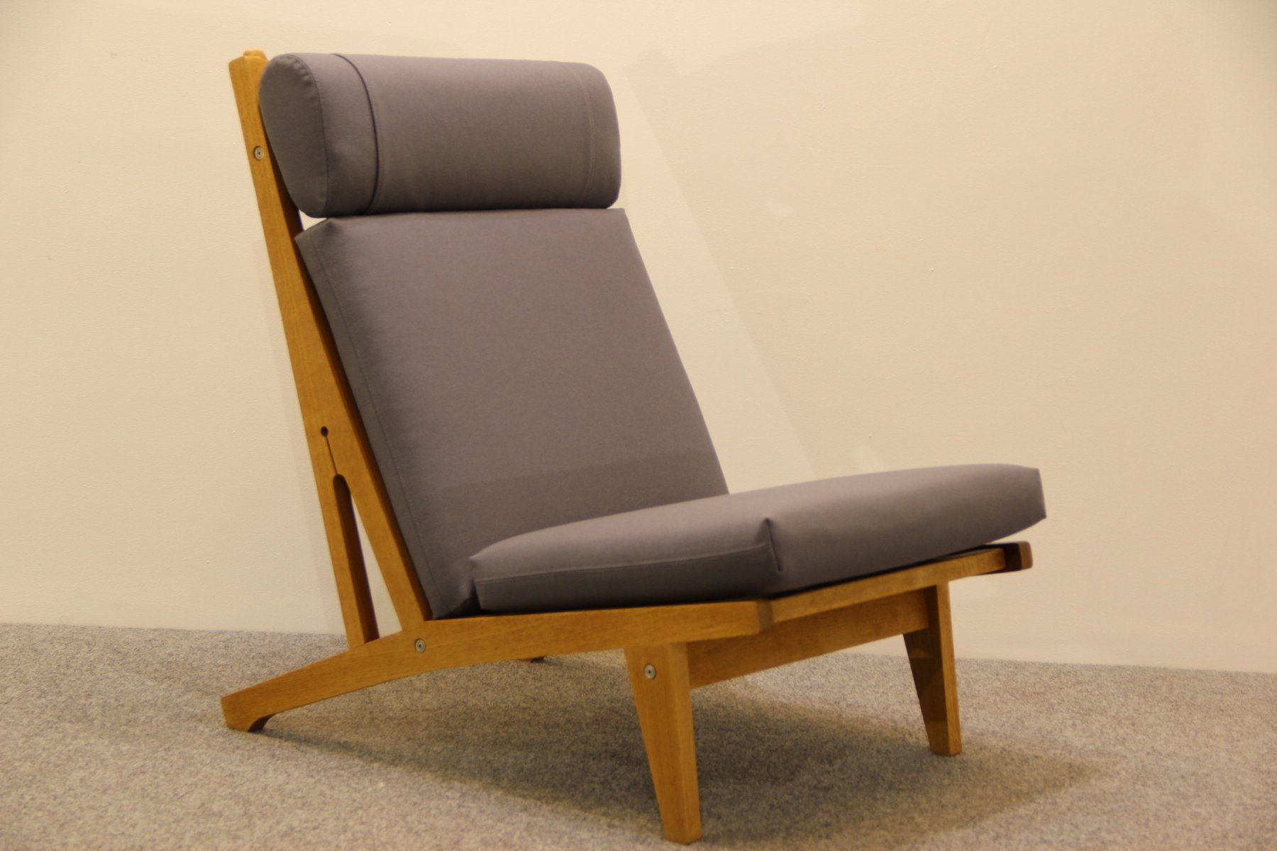 Danish Oak Lounge Chair by Hans J Wegner for Getama 1960s for