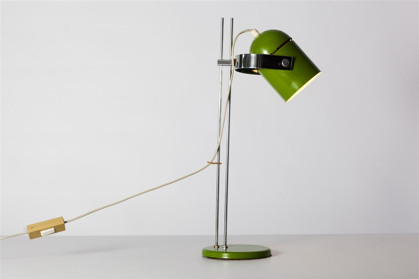 Light green table lamp - Price Per Piece