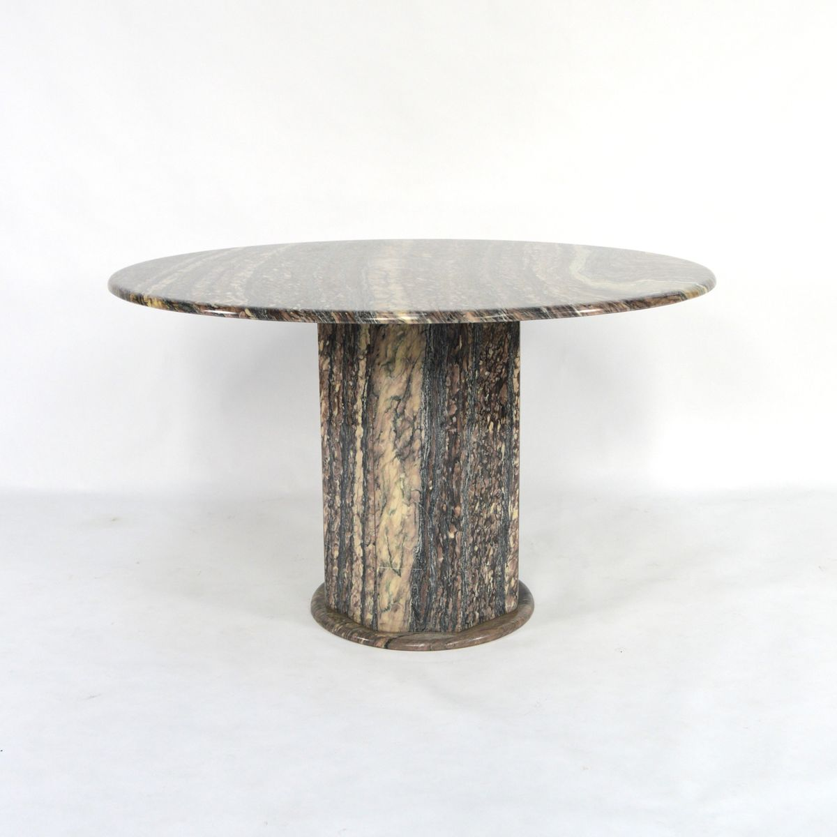Italian Marble Dining Table 1970s for sale at Pamono : italian marble dining table 1970s 1 from www.pamono.com size 1200 x 1200 jpeg 62kB