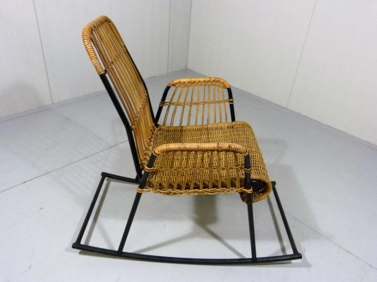 vintage rattan stahl schaukelstuhl bei pamono kaufen. Black Bedroom Furniture Sets. Home Design Ideas