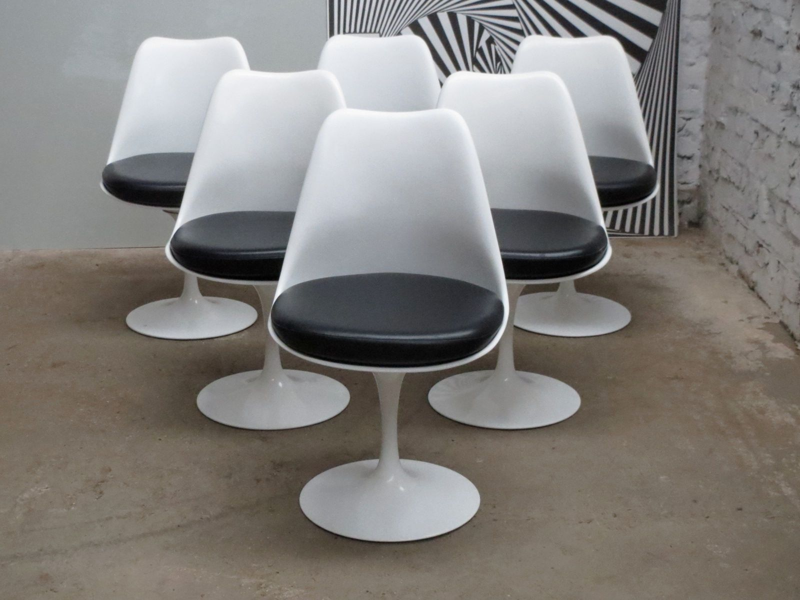 Swivel Tulip Chairs by Eero Saarinen for Knoll International, 1980s, Set of 6...