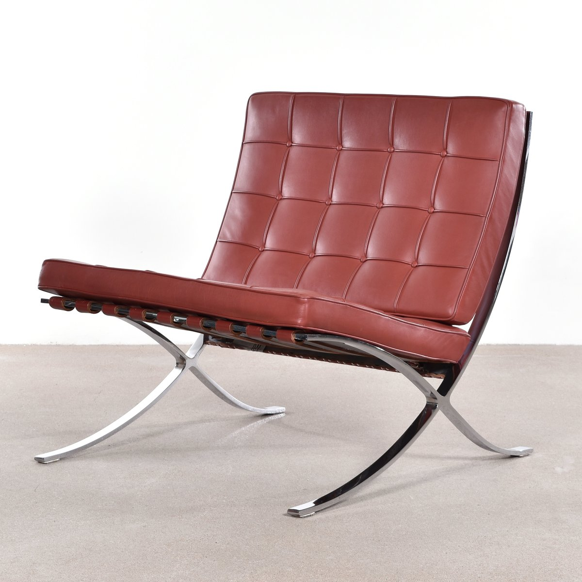 barcelona chair by ludwig mies van der rohe for knoll for sale at pamono. Black Bedroom Furniture Sets. Home Design Ideas