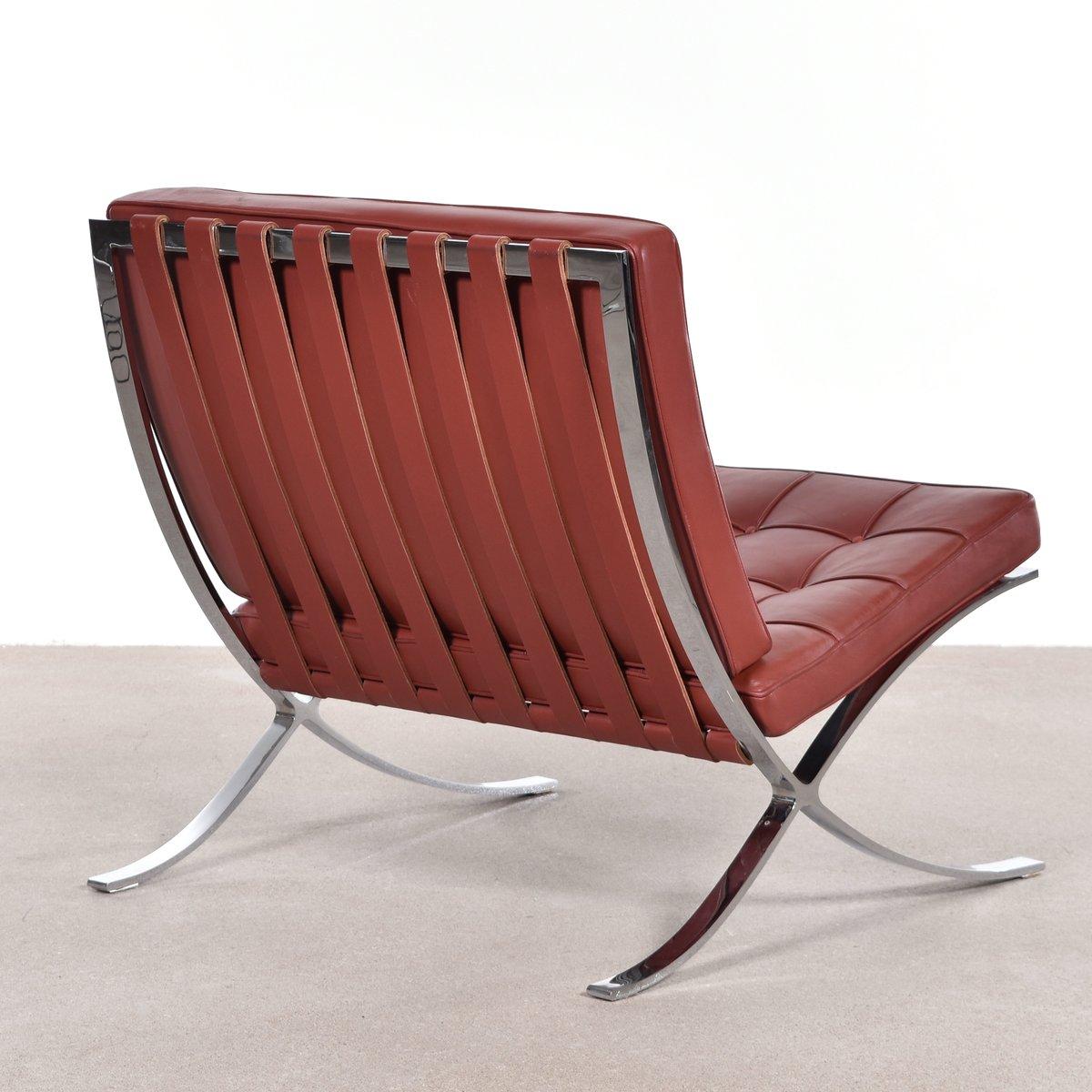 chaise barcelona par ludwig mies van der rohe pour knoll en vente sur pamono. Black Bedroom Furniture Sets. Home Design Ideas