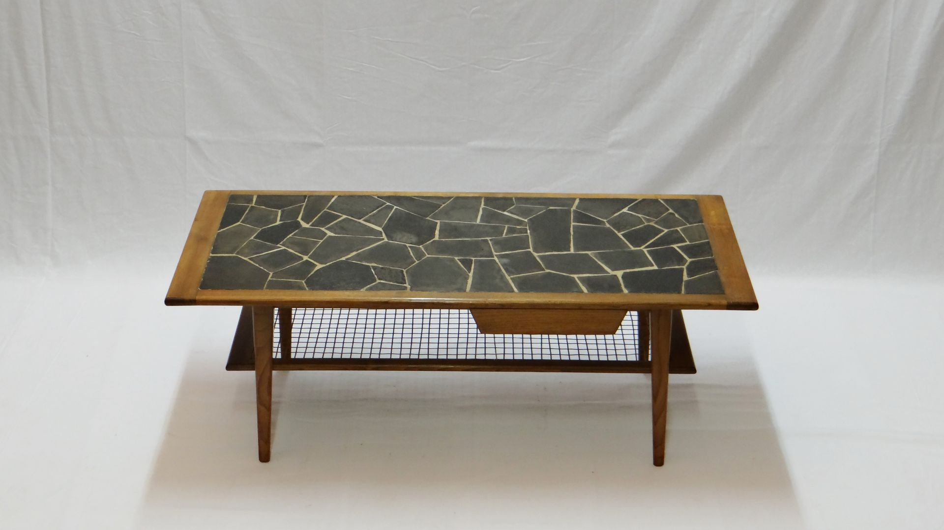vintage teak couchtisch mit schiefer mosaik 1960er bei. Black Bedroom Furniture Sets. Home Design Ideas