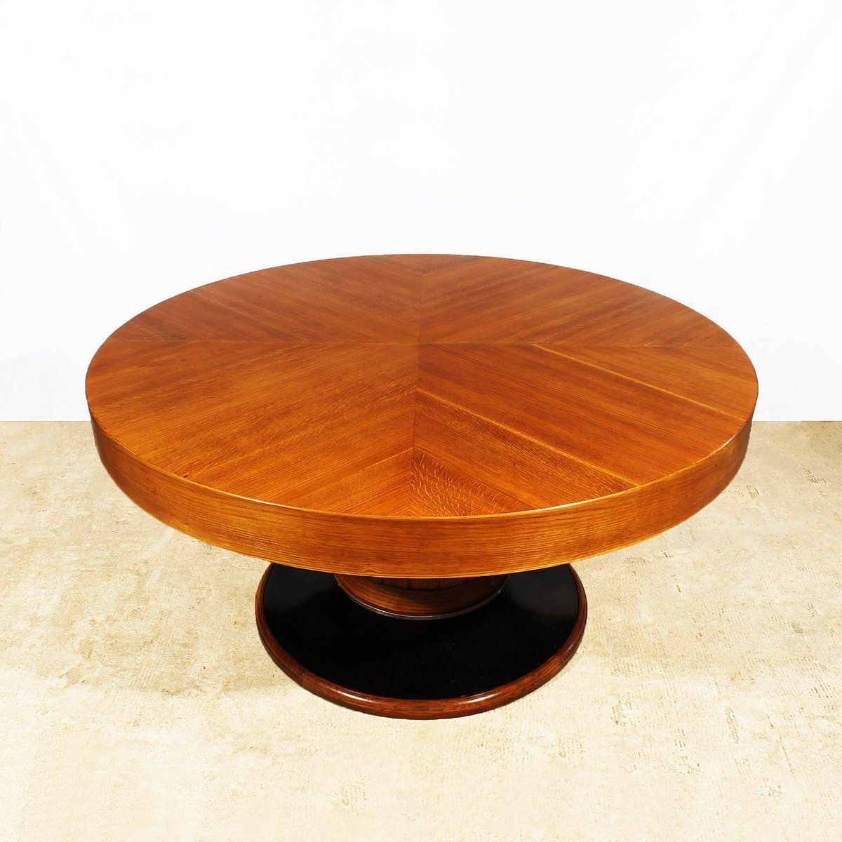 Large round spanish art deco table 1930s for sale at pamono for Miroir art deco 1930