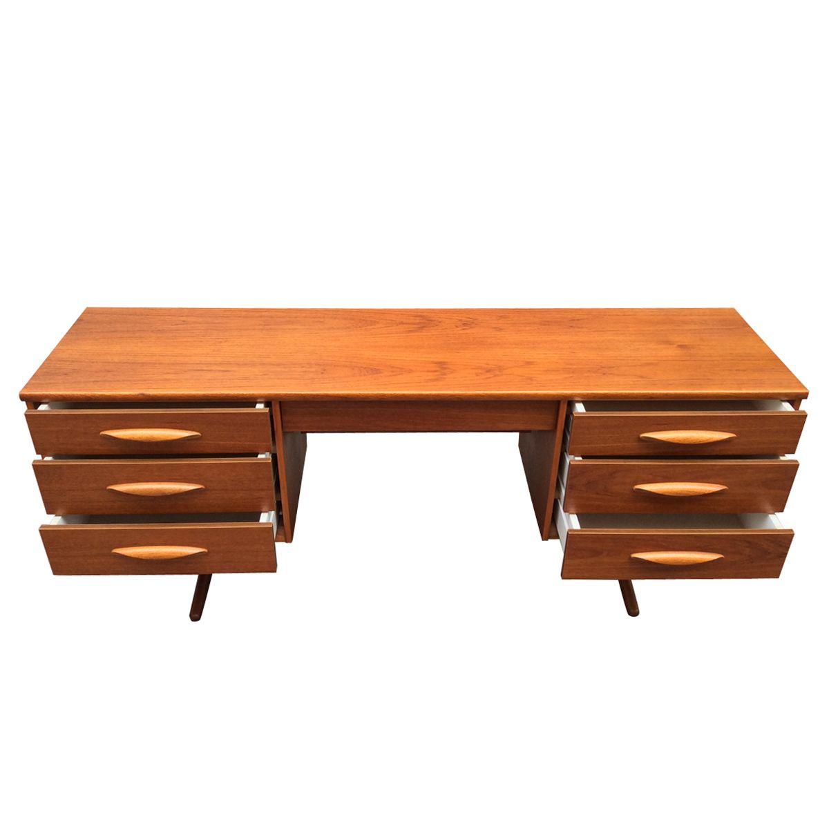 englischer teak schreibtisch von austinsuite 1960er bei. Black Bedroom Furniture Sets. Home Design Ideas