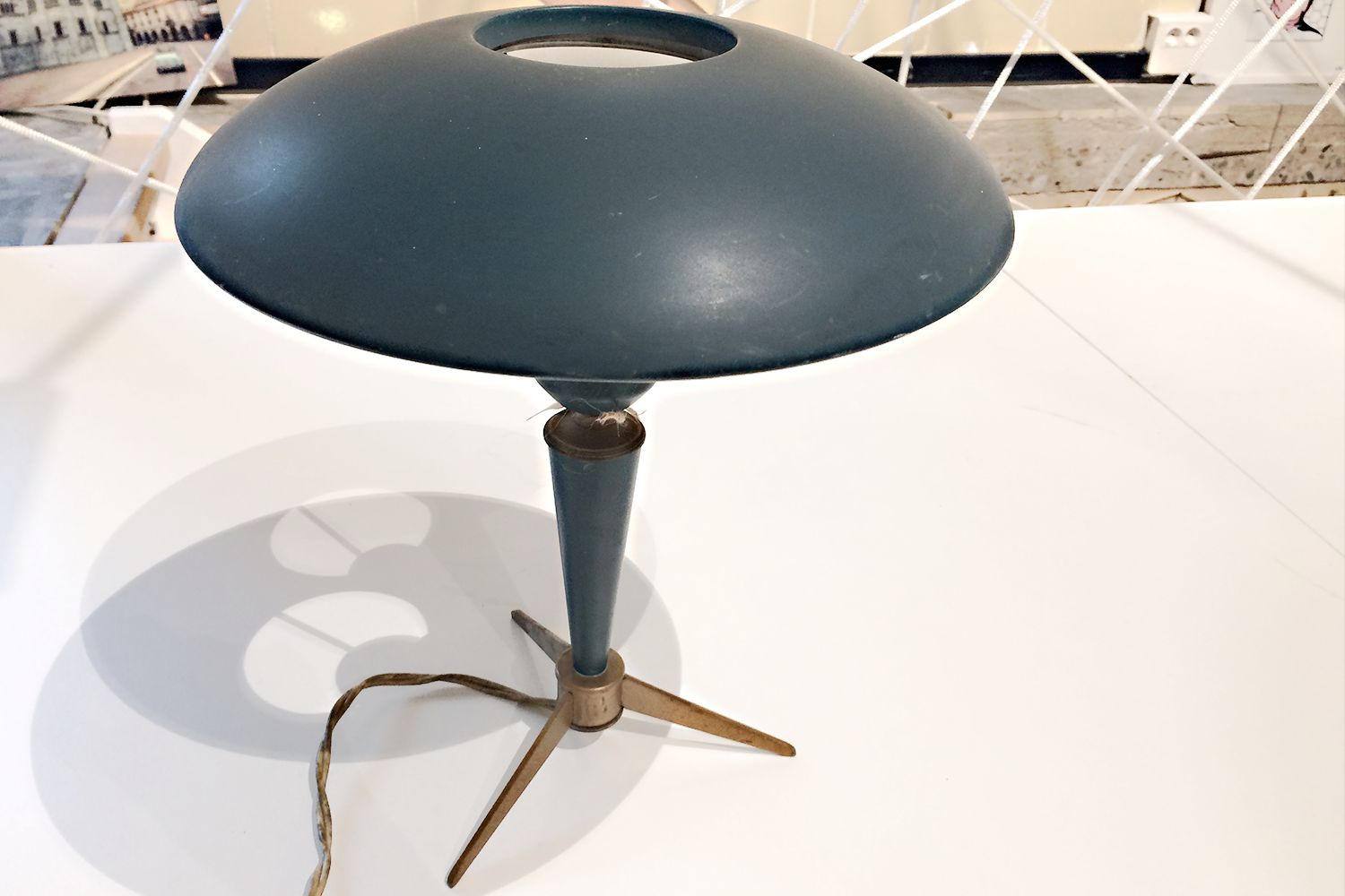 Vintage Tripod Desk Lamp by Louis Kalff for Philips for sale at Pamono – Tripod Desk Lamp