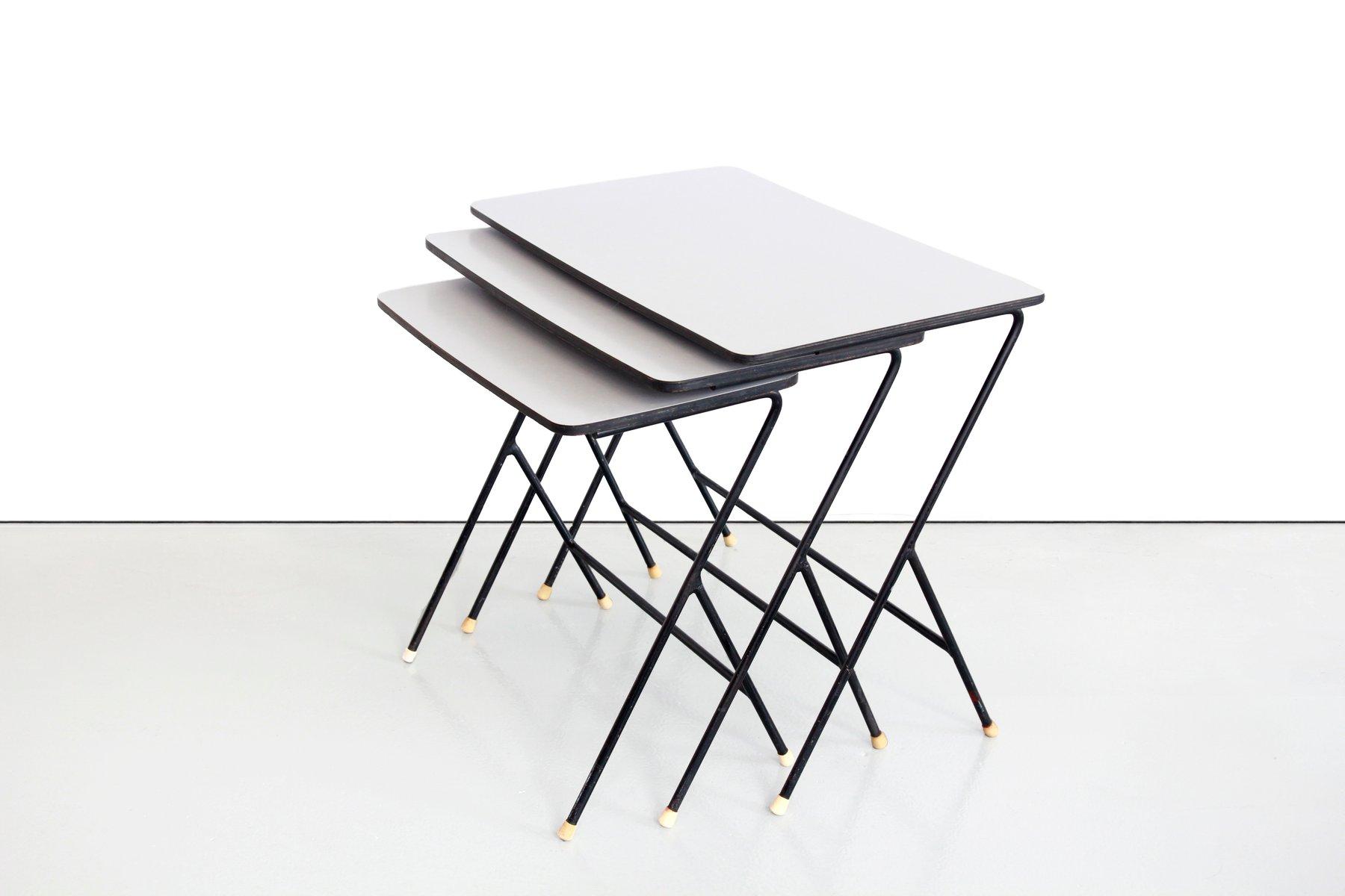 Tavolini a incastro in formica di pilastro anni 39 50 in for Tavolini anni 50
