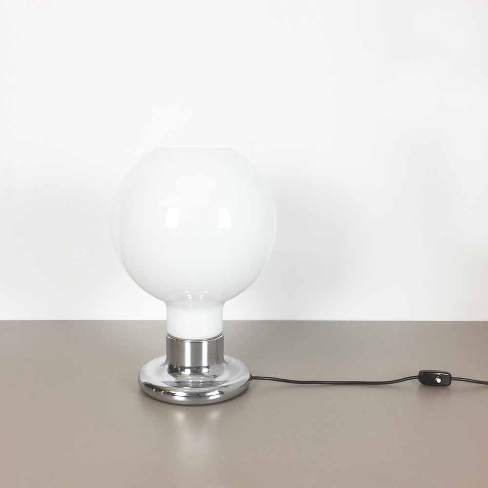 tischlampe mit glas lampenschirm von cosack 1970er bei. Black Bedroom Furniture Sets. Home Design Ideas