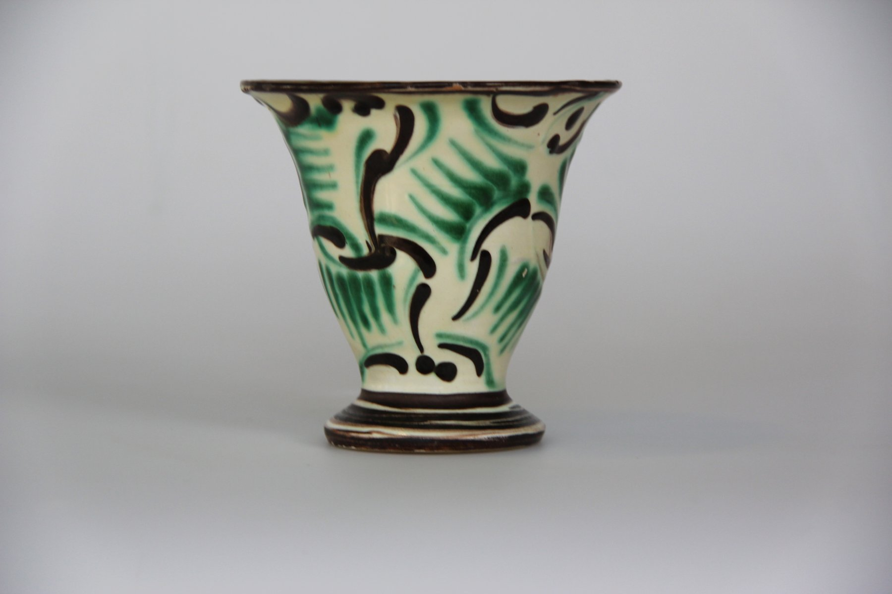 vintage green ceramic vase from k hler for sale at pamono. Black Bedroom Furniture Sets. Home Design Ideas