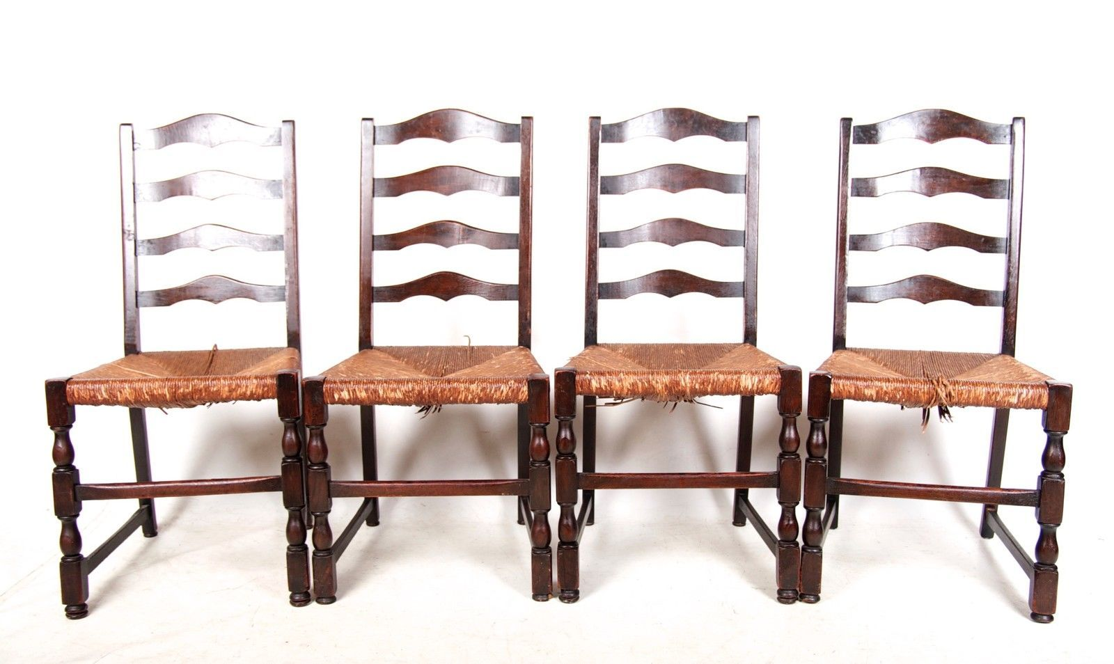 Oak Ladderback Dining Chairs 1940s Set of 4 for sale at Pamono. 1940s Furniture For Sale