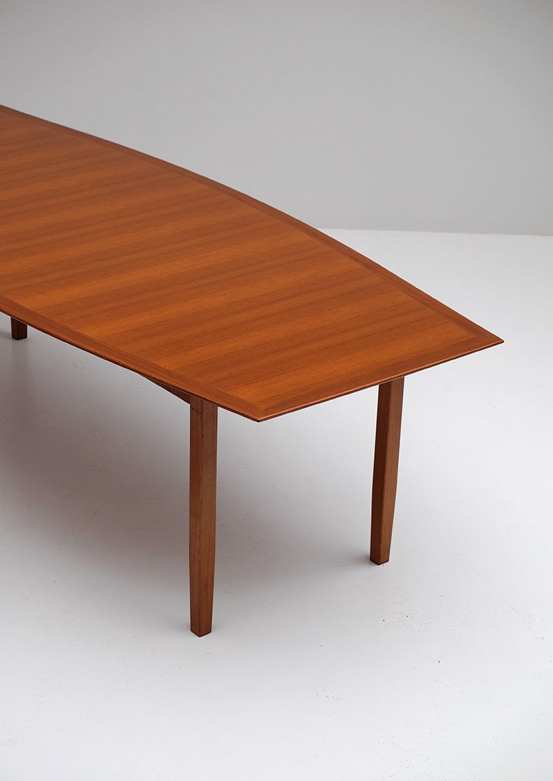 walnut dining table by florence knoll for knoll for sale at pamono. Black Bedroom Furniture Sets. Home Design Ideas
