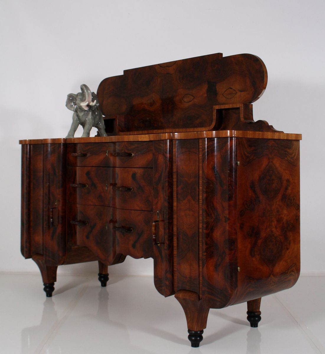 vintage art deco burl buffet with back board for sale at pamono. Black Bedroom Furniture Sets. Home Design Ideas