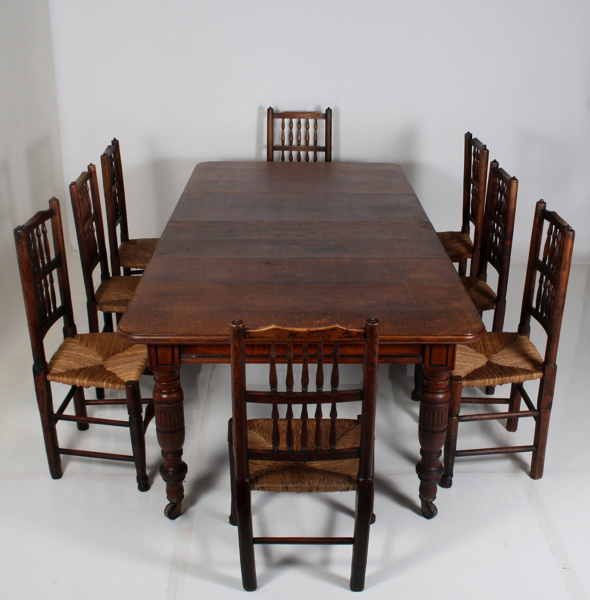 antique extendable victorian english oak dining table for. Black Bedroom Furniture Sets. Home Design Ideas