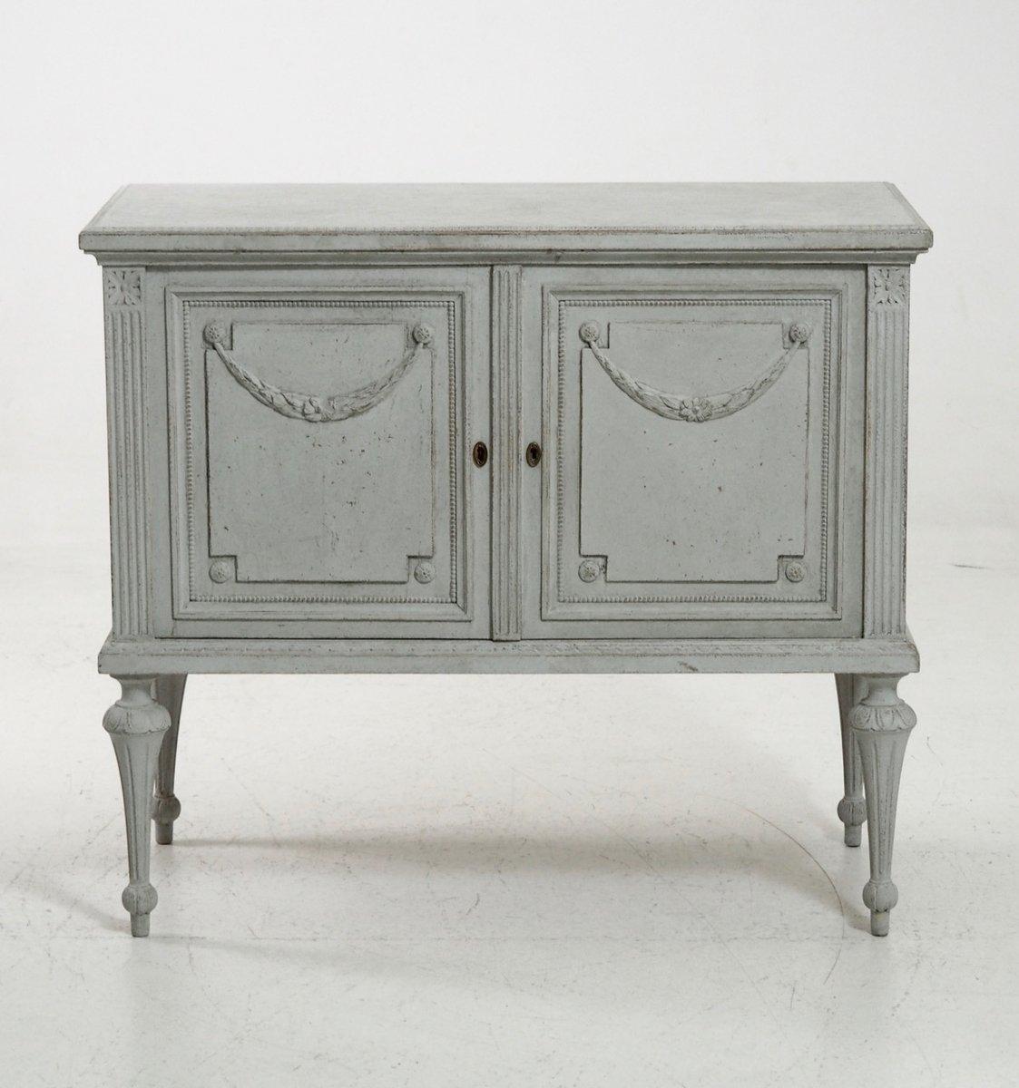 antikes sideboard im gustavianischen stil bei pamono kaufen. Black Bedroom Furniture Sets. Home Design Ideas