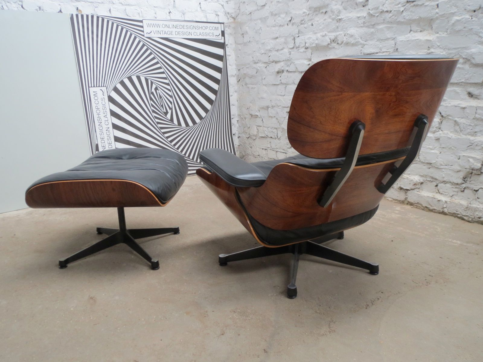 plywood lounge chair and ottoman by charles ray eames. Black Bedroom Furniture Sets. Home Design Ideas