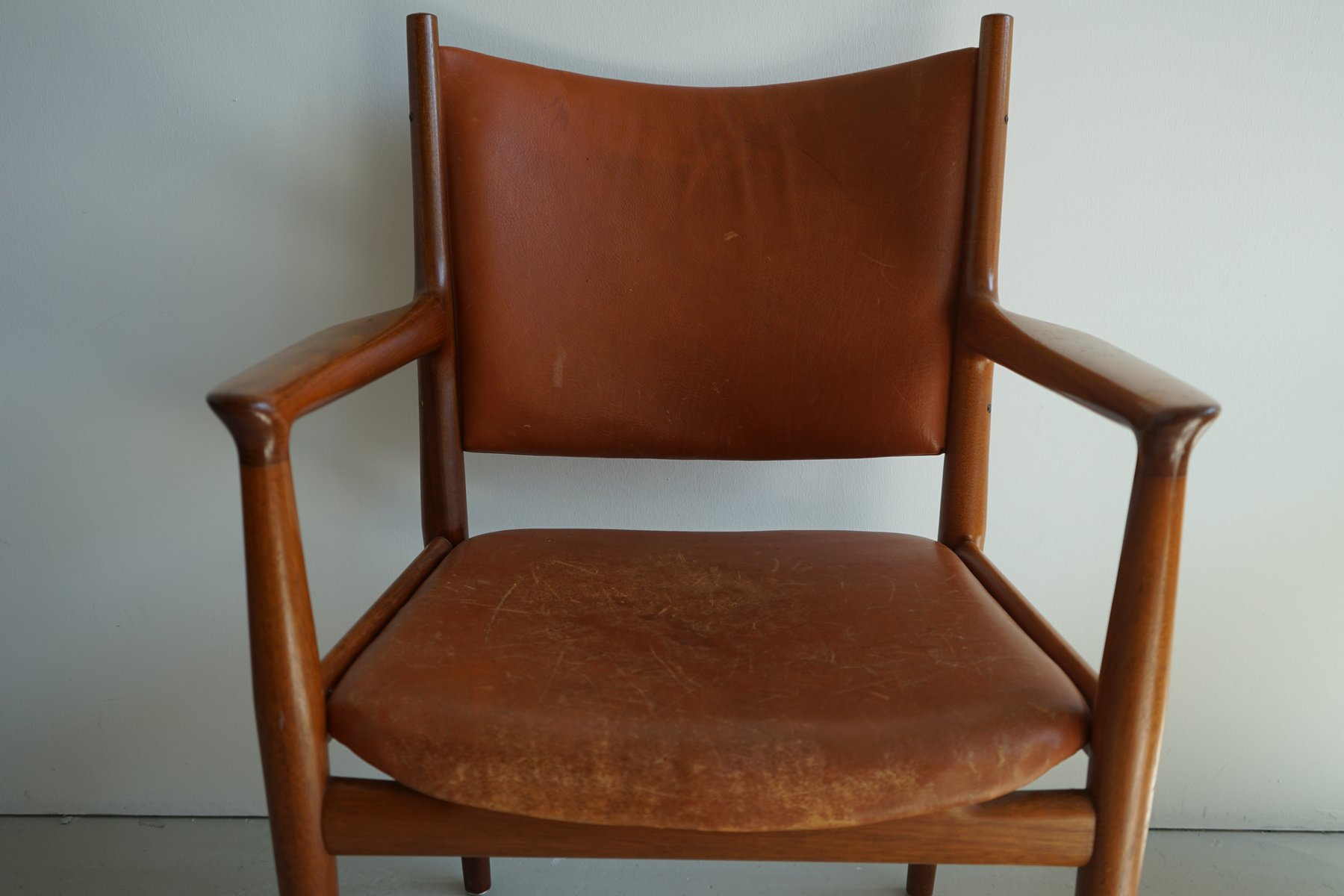 Mid Century JH 713 Chair by Hans Wegner for Johannes Hansen for