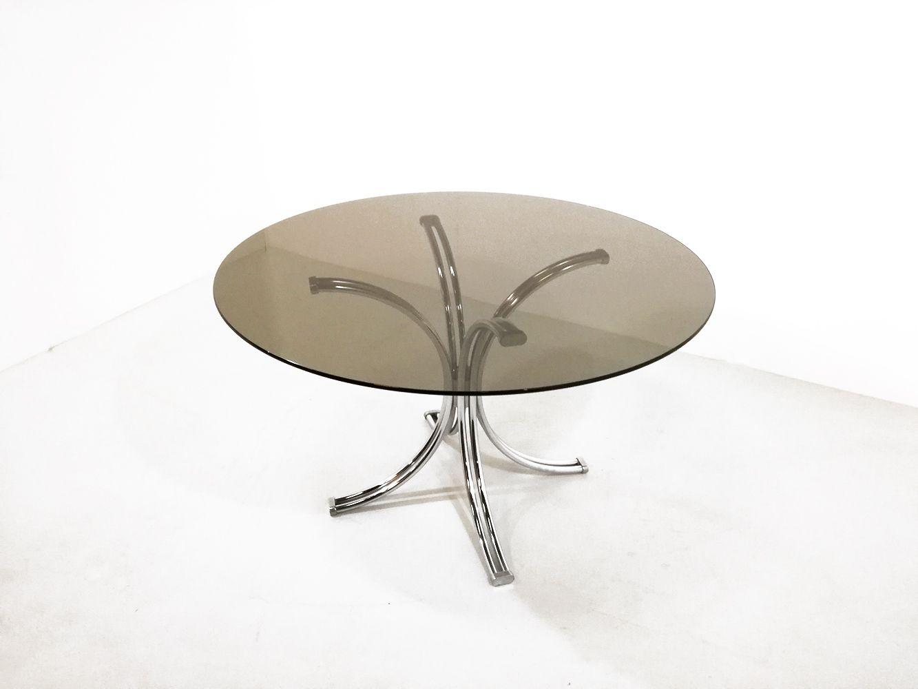 runder esstisch mit rauchglas tischplatte 1970 bei pamono kaufen. Black Bedroom Furniture Sets. Home Design Ideas
