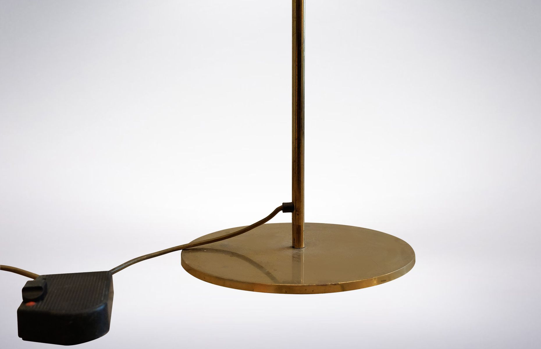 Tall italian brass floor lamp 1970s for sale at pamono for 1970s floor lamps
