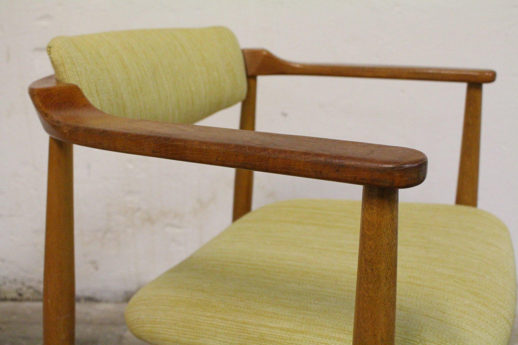 trendy fauteuil en bois ikea fauteuil kosack par arne wahl iversen pour ikea sude en with. Black Bedroom Furniture Sets. Home Design Ideas