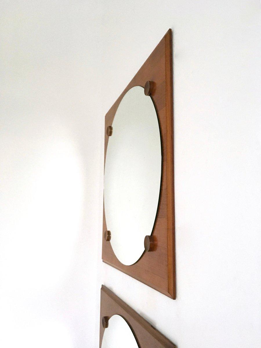 gro e nussbaum wandspiegel 1970er 2er set bei pamono kaufen. Black Bedroom Furniture Sets. Home Design Ideas