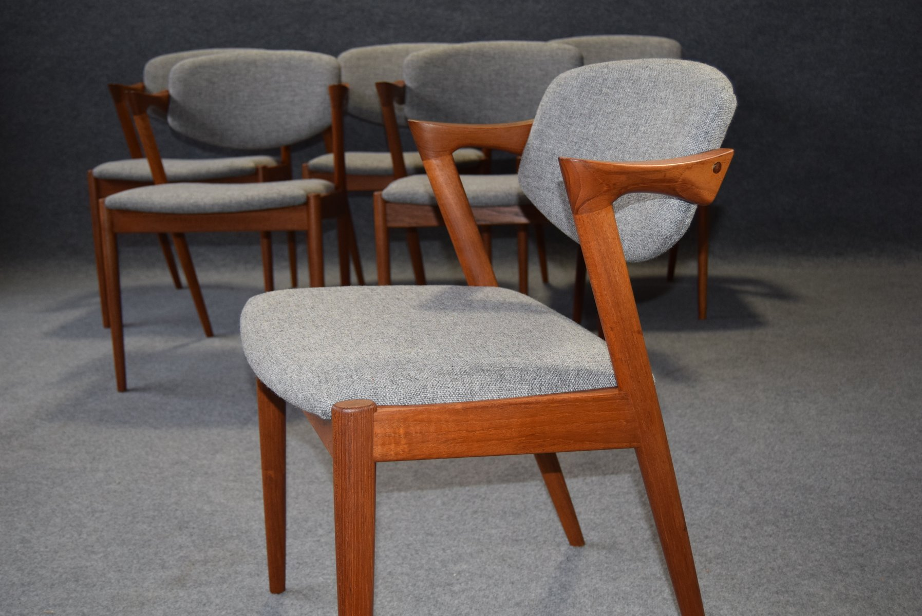 Mid century model 32 dining chairs by kai kristiansen for schou andersen set of 6 for sale at - Kai kristiansen chairs ...