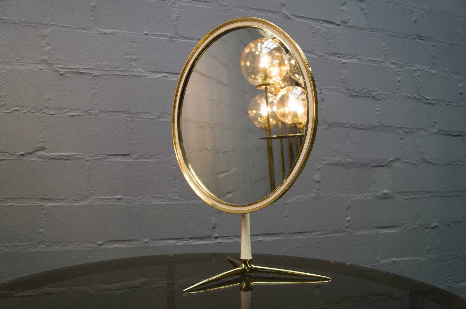 Round Vanity Table Mirror From Vereinigte Werkst 228 Tten
