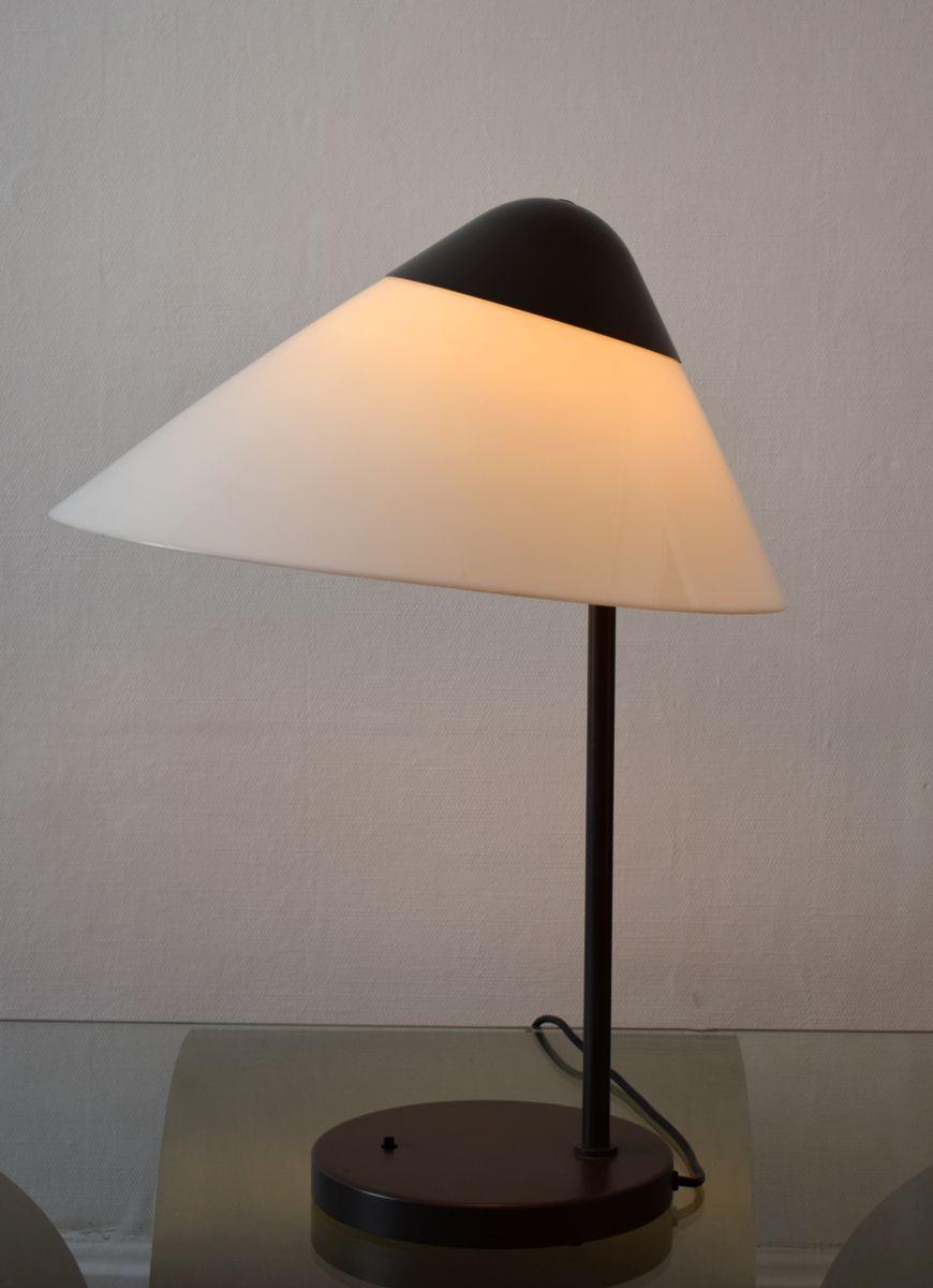 lampe opala par hans wegner pour louis poulsen 1970s en vente sur pamono. Black Bedroom Furniture Sets. Home Design Ideas