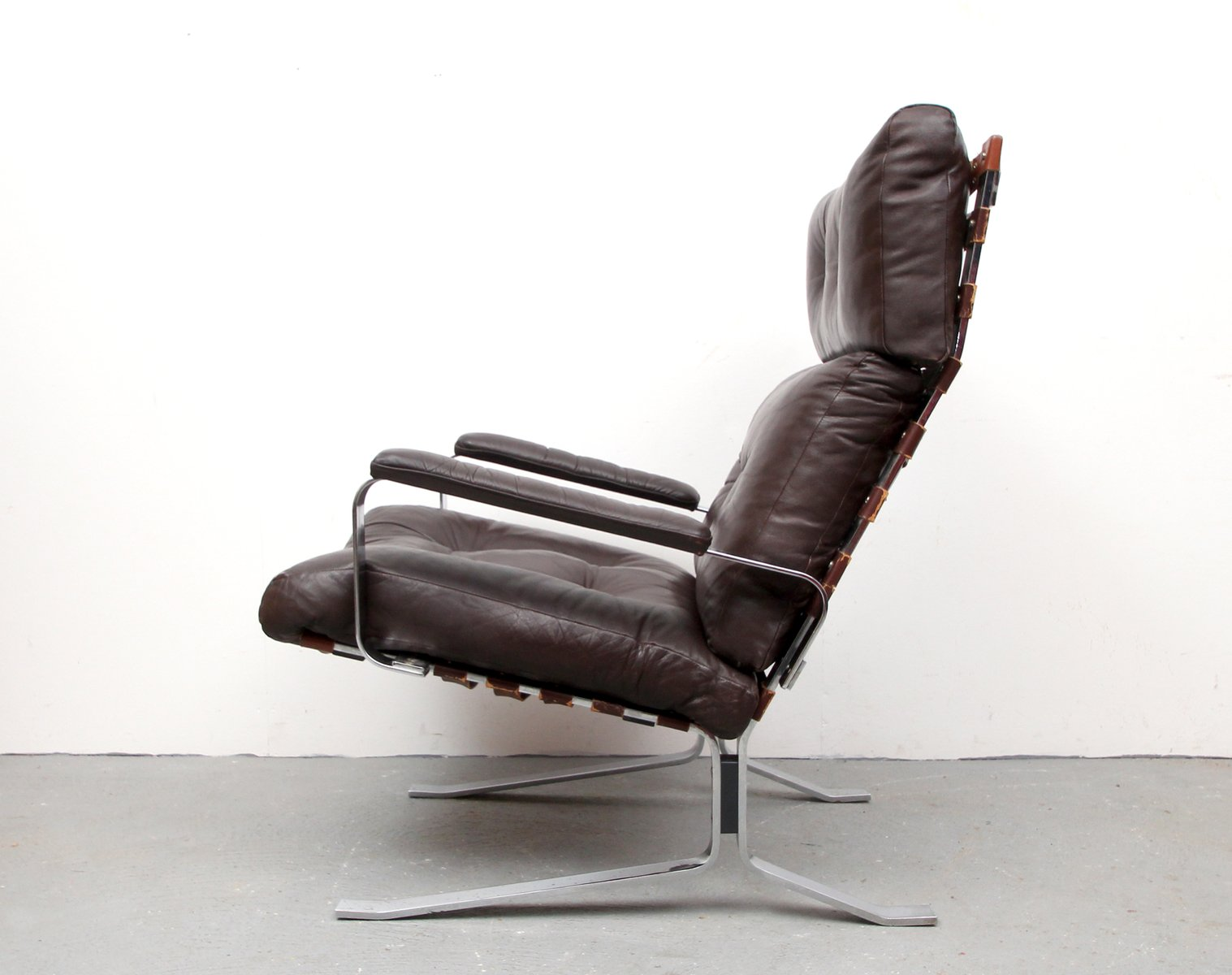 flat steel and leather lounge chair 1970s for sale at pamono. Black Bedroom Furniture Sets. Home Design Ideas