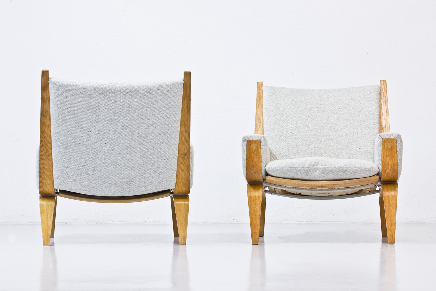 GE 501 Lounge Chairs by Hans J Wegner for Getama Set of 2 for