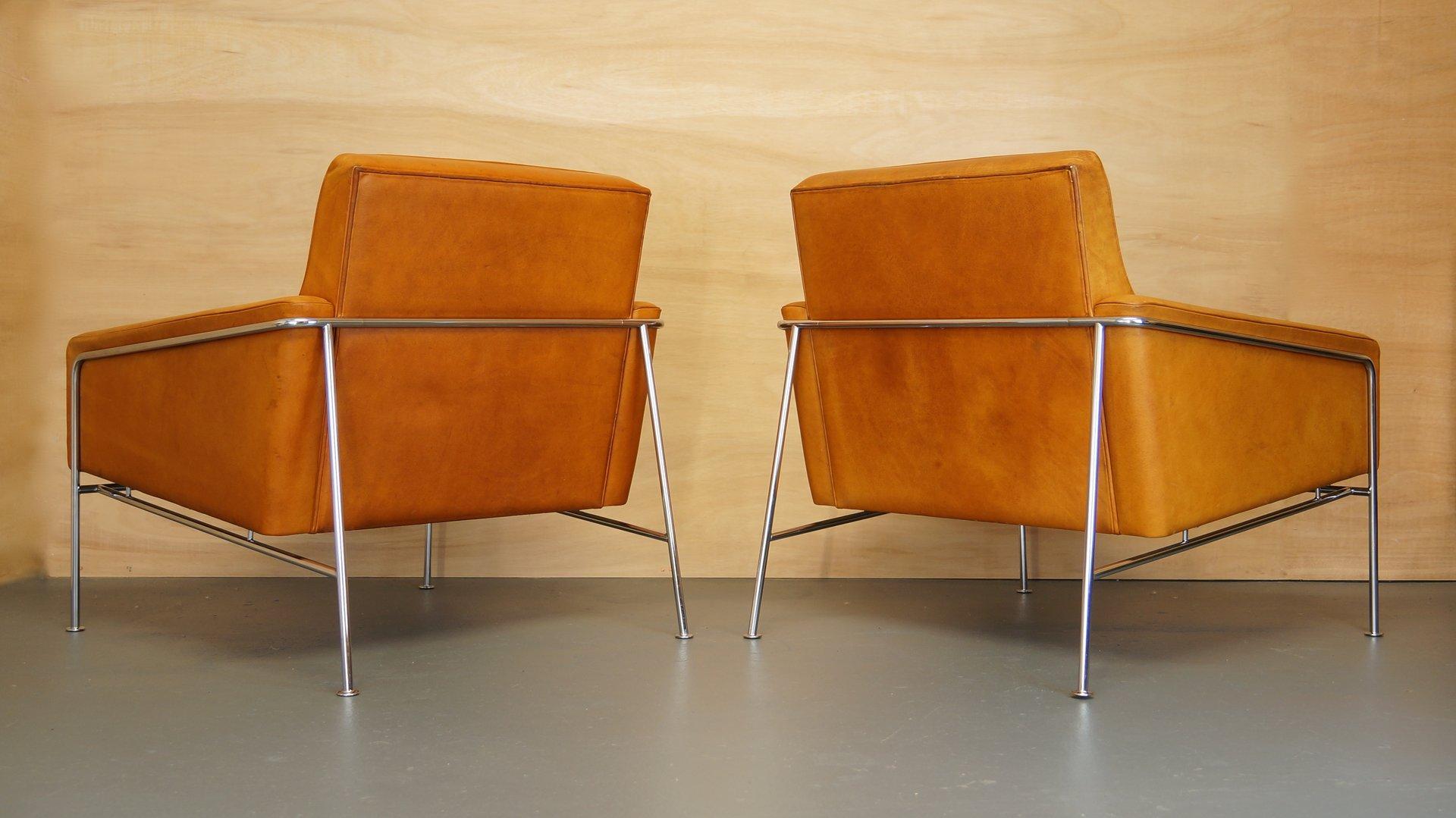 vintage modell 3300 hellbraunes leder sessel von arne jacobsen f r fritz hansen 2er set bei. Black Bedroom Furniture Sets. Home Design Ideas