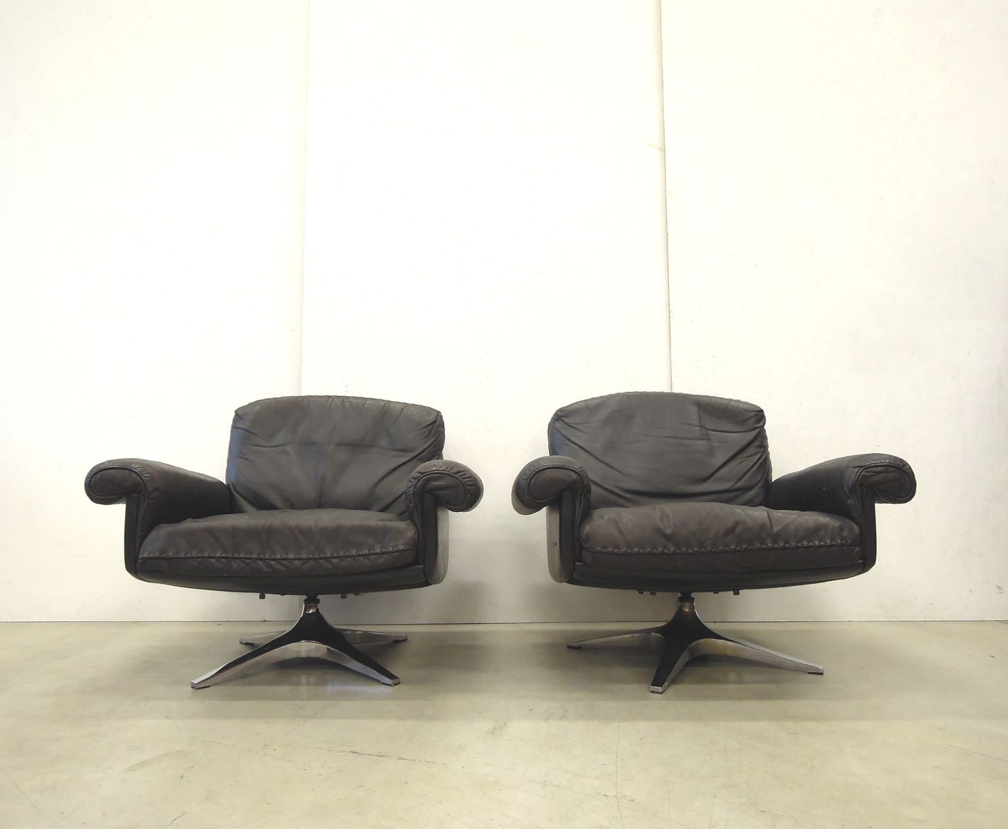 ds31 sessel von de sede 1970er 2er set bei pamono kaufen. Black Bedroom Furniture Sets. Home Design Ideas