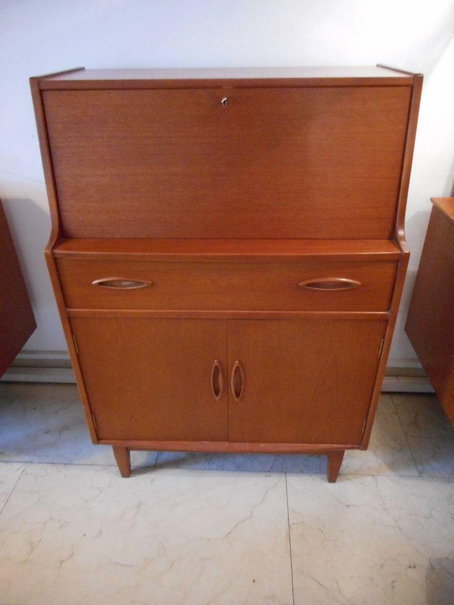 meuble de rangement vintage avec buffet en vente sur pamono. Black Bedroom Furniture Sets. Home Design Ideas