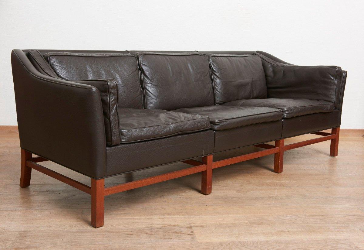skandinavisches teak drei sitzer sofa 1963 bei pamono kaufen. Black Bedroom Furniture Sets. Home Design Ideas